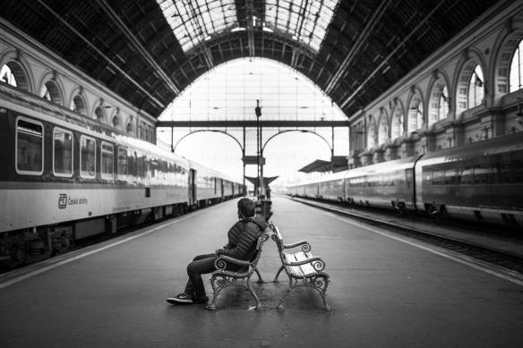 TrainStation-1868256_1920